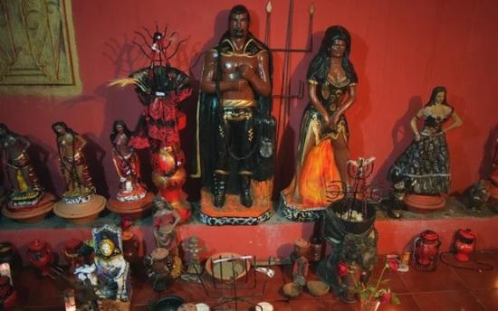 Macumba - Altar de Quimbanda