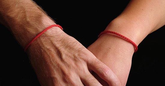 amuleto pulsera de hilo rojo los mejores amuletos