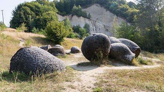 piedras vivas rumania, desplazamiento